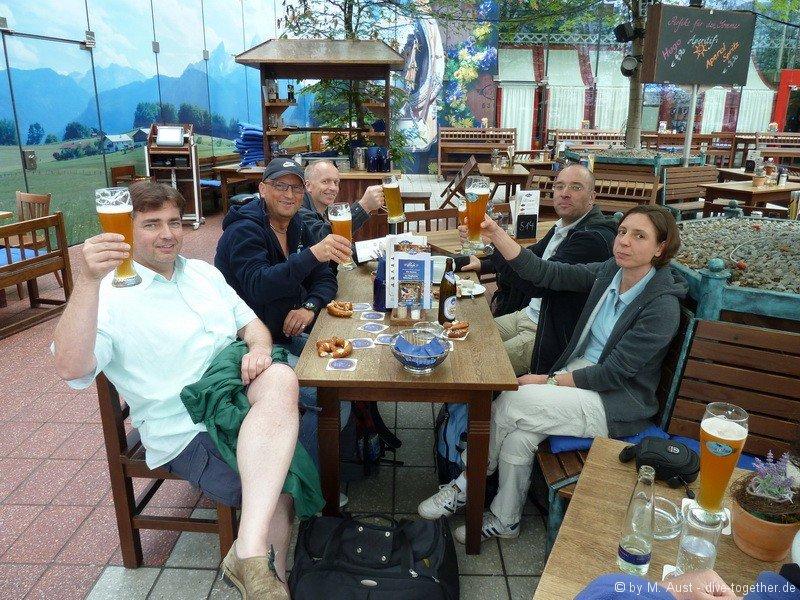Traditionelle Einkehr im Air Bräu vor dem Abflug