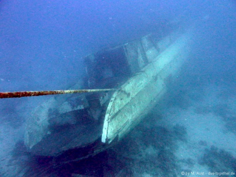 Wrack des Safaribootes der Emperor Divers bei Beacon Rock