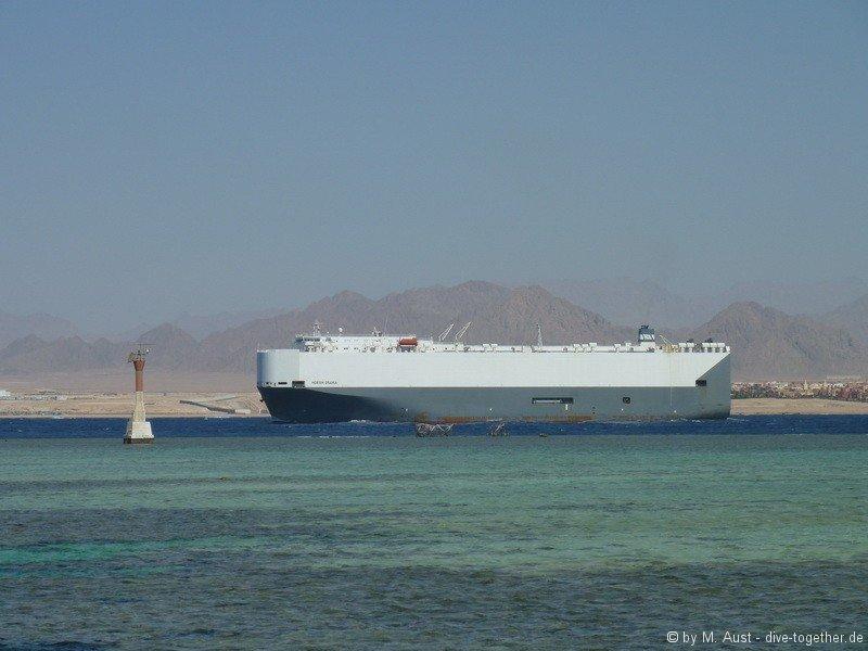 Schiffsverkehr in der Straße von Tiran